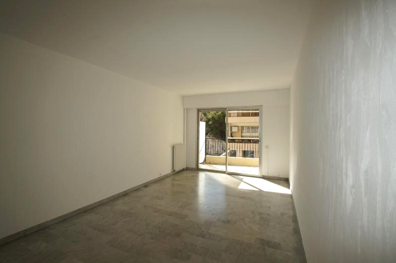 Apartment in the city center and quiet