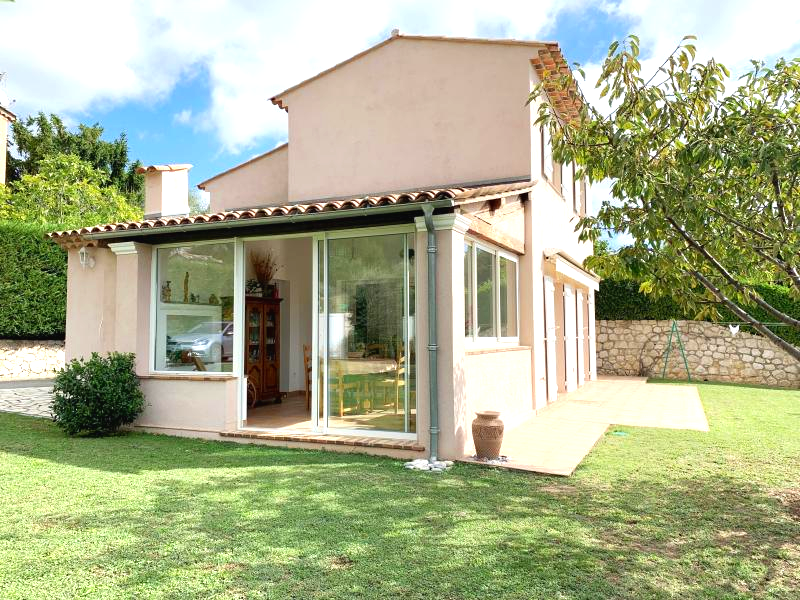 Very nice villa of 4P, near village with a nice view cleared
