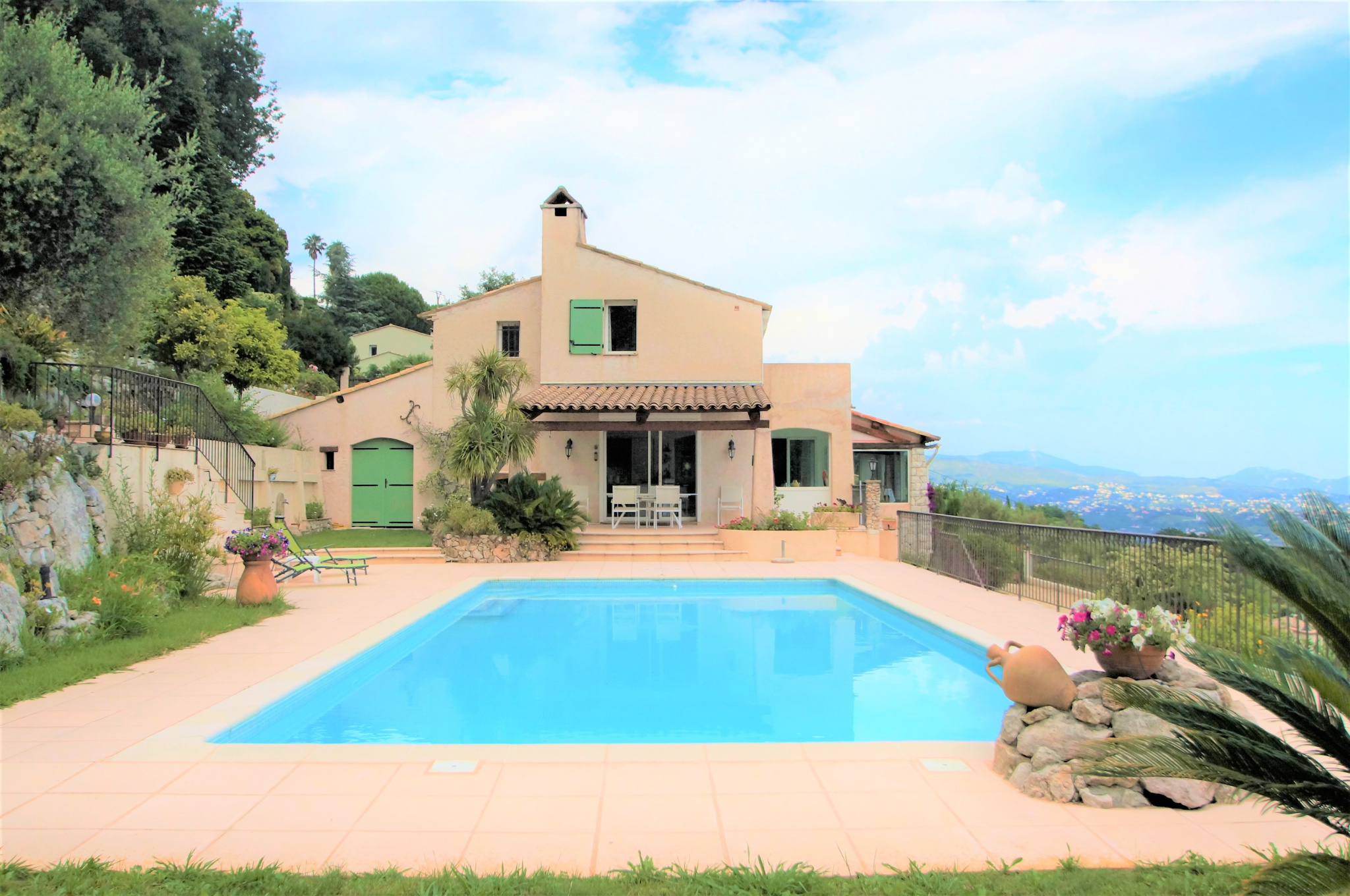 SAINT JEANNET - ARCHITECT VILLA (215m2) with POOL, SEA VIEW